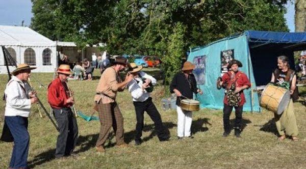 La Banda Tchok à St Symphorien - An dro