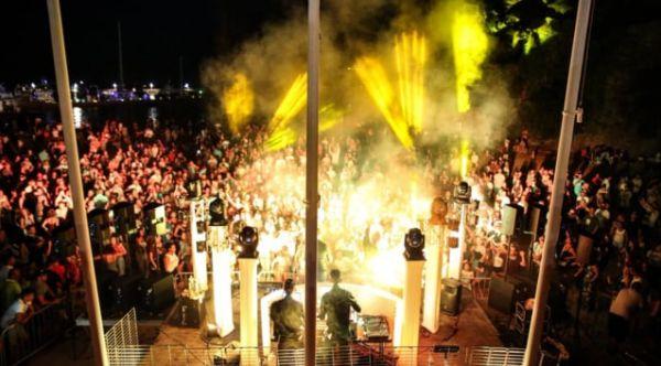 Firework Mandelieu 23 Août 2018 by SONOR