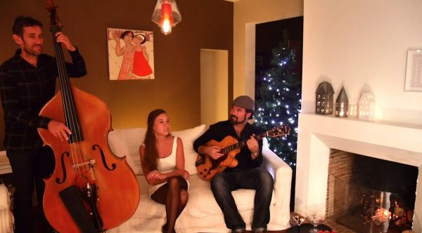 Let It Snow - Christmas Jazz Trio